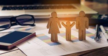 تحدّيات الأسرة