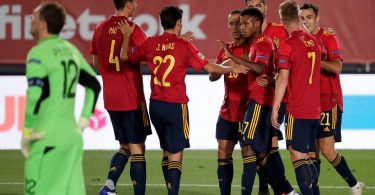 إسبانيا تسحق أوكرانيا وألمانيا تتعادل للمرة الثانية